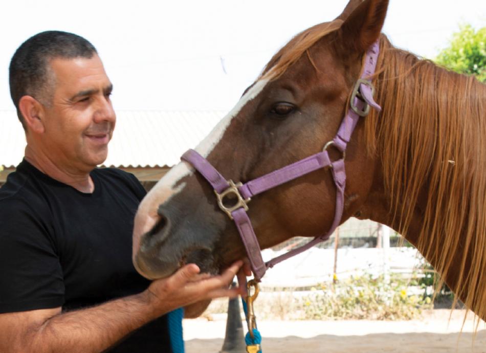 אבי והסוס