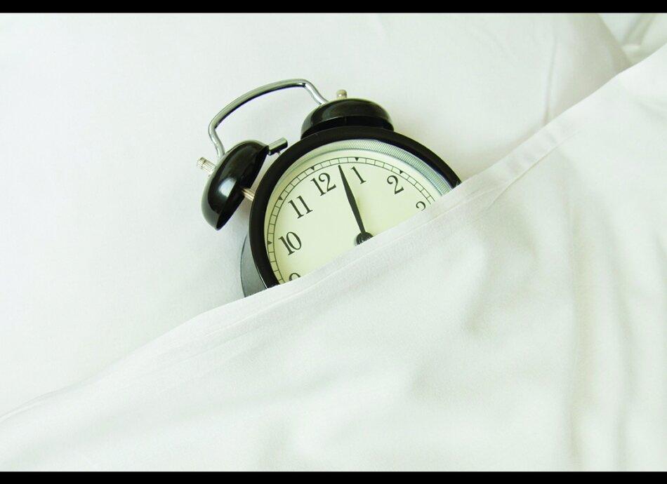 כמה שעות טוב לישון בשנת לילה