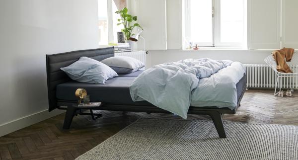 מיטה זוגית AUPING Stitch  הולנדיה