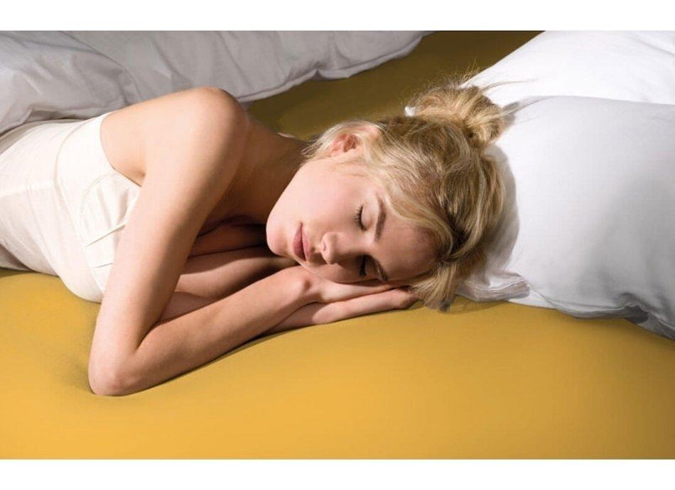 תנוחות שינה מומלצות
